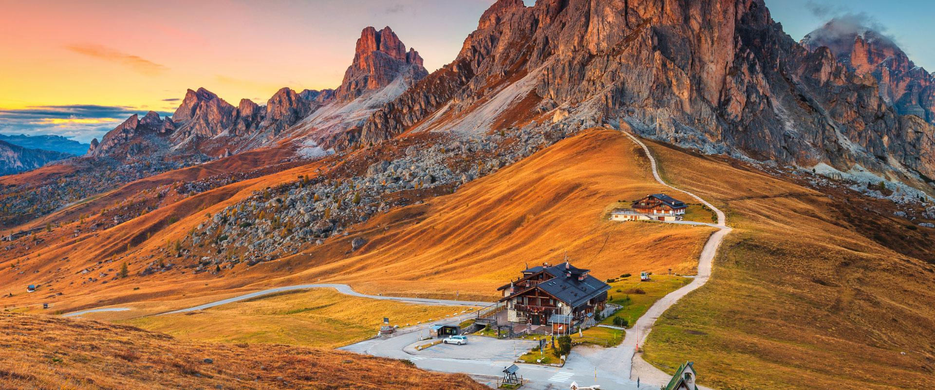 Wandern Sie mit uns die besten Routen in Europa, Nordamerika, Südamerika, Asien, Afrika oder Ozeanien.